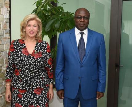 Le Directeur Pays, M. Famari Barro et une équipe de Save the Children étaient en audience avec Madame Dominique Ouattara, la Première Dame de Côte d'Ivoire